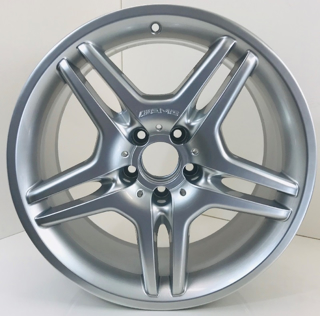 Picture of Reconditioned Set Of CLS55 AMG 18 Inch Rims Staggered